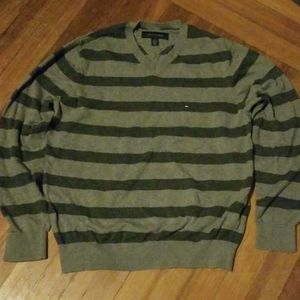 Tommy Hilfiger, v neck sweater, size medium